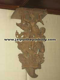 burmese wall bracket in albert hall museum jaipur