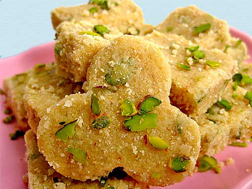 Til ki Barfi Recipe in Hindi