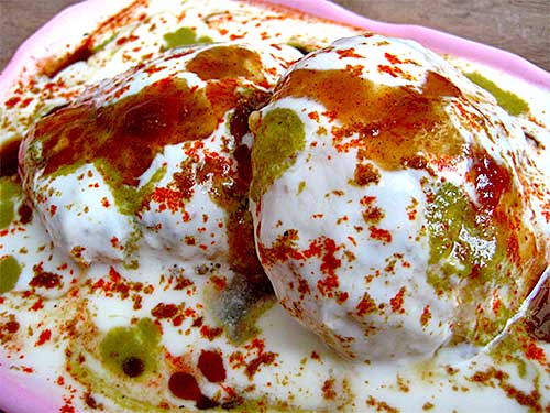 Dahi Vada Recipe in Hindi With Video