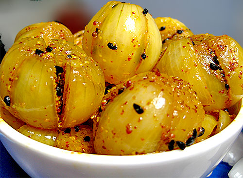 Onion Pickle Recipe in Hindi