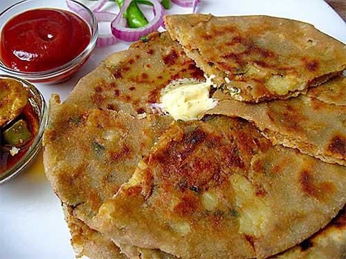 Aloo Paratha Recipe in Hindi