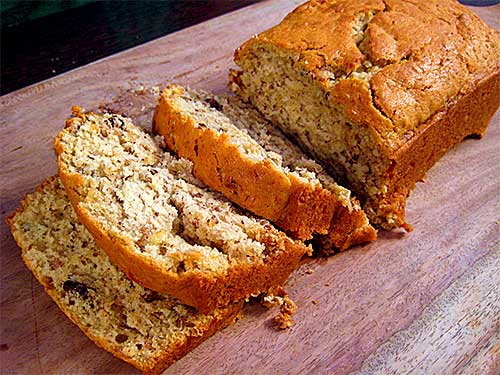 Banana Bread Recipe in Hindi with Video
