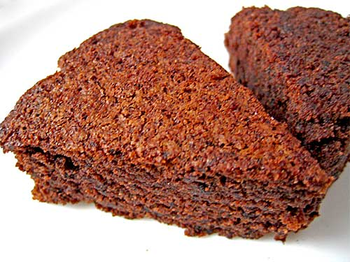 Chocolate Cake Recipe in Hindi