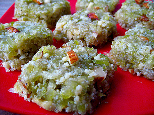 Lauki Ki Barfi Recipe in Hindi