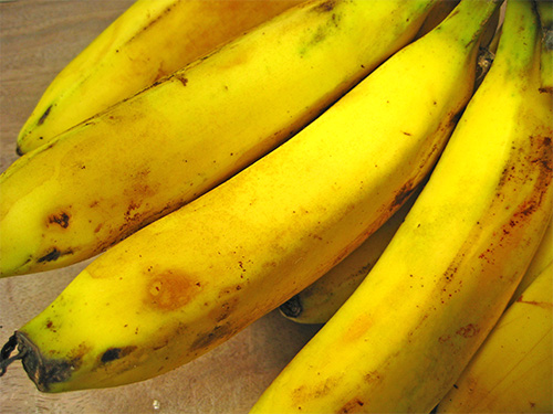 5 Beauty Benefits of Banana in Hindi