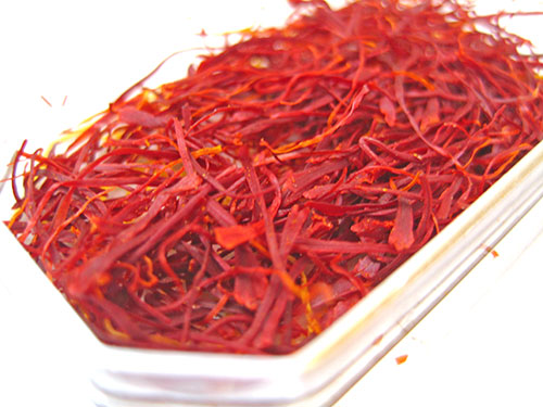 Saffron Benefits In Hindi
