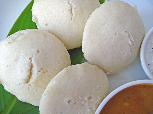 Rava idli recipe in hindi with video by sonia goyal rava idli recipe in hindi with video by sonia goyal forumfinder Gallery