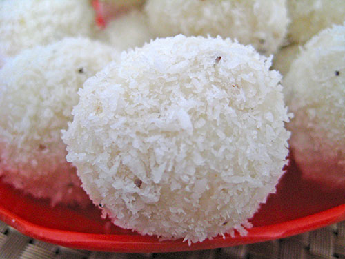 Cheese Coconut Laddu Recipe In Hindi