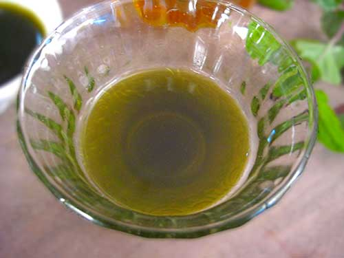 Mixture of Holy basil leaves juice and honey