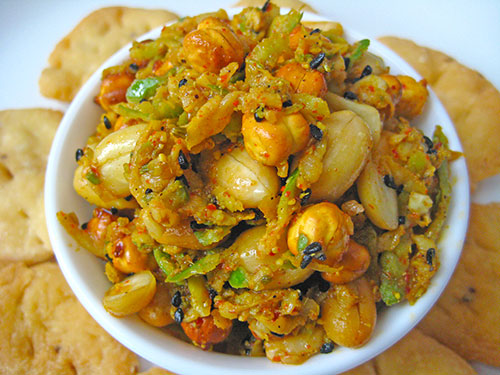 Chickpea Peanut Mango Pickle Recipe in Hindi