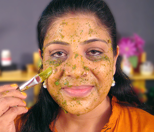 5 Homemade Face Pack Recipes In Hindi