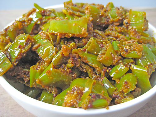 Instant Chilli Pickle Recipe In Hindi