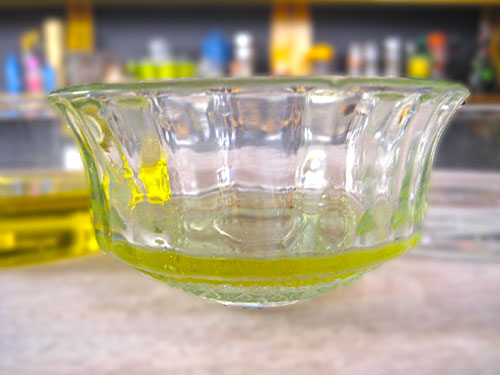 Combination of olive oil and vinegar