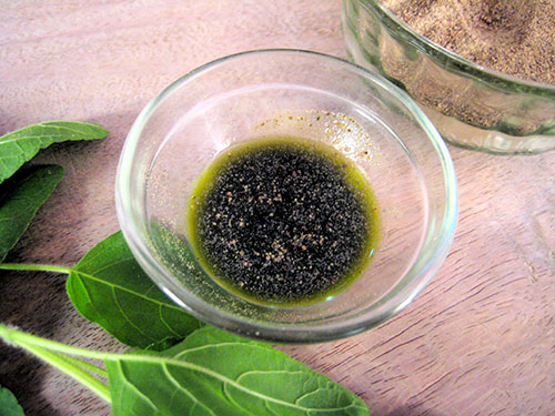 Combination of holy basil leaves juice and black salt