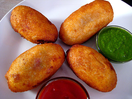 Bread Roll Recipe In Hindi With Video