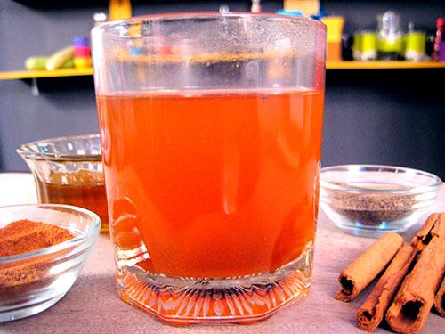 Combination Of Black Pepper Powder, Cinnamon powder, Honey And Water