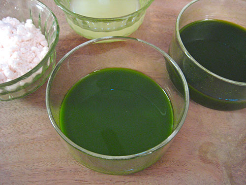 Combination Of Coriander Juice, Lemon Juice And Epson Salt