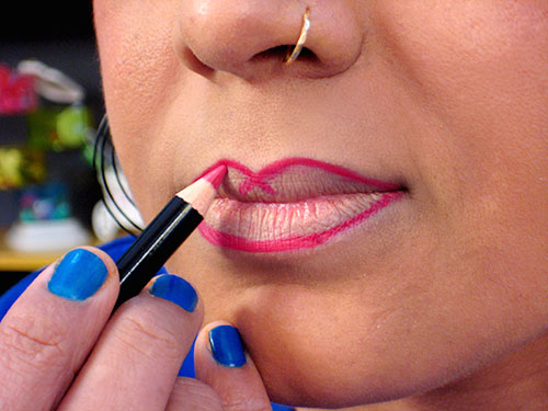 How To Apply Lipstick step 6