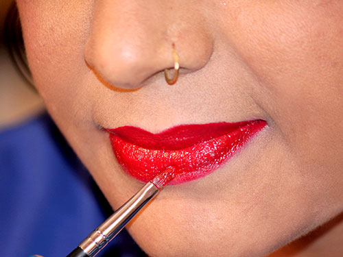 How To Apply Lipstick step 8