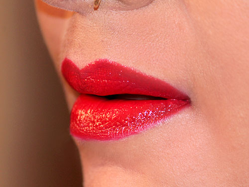 How To Apply Lipstick In Hindi With Video