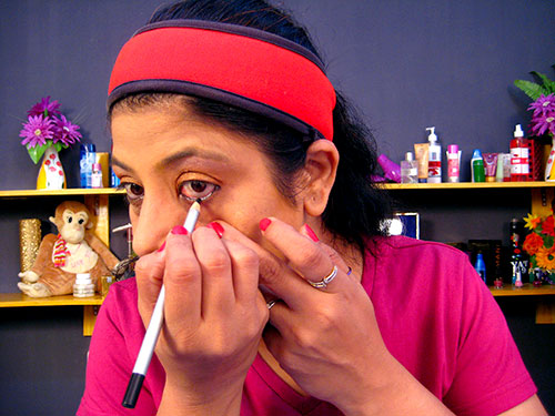 How To Do Day Makeup Step 10