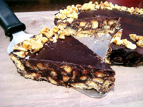 Biscuit Chocolate Cake Recipe In Hindi